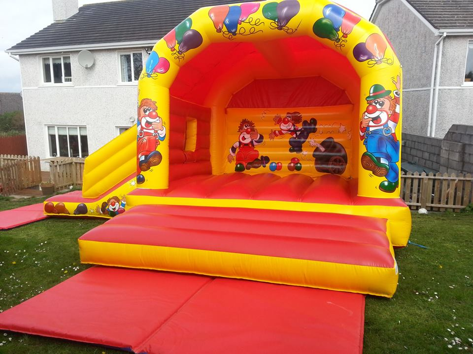 Bouncy Castles with Slides